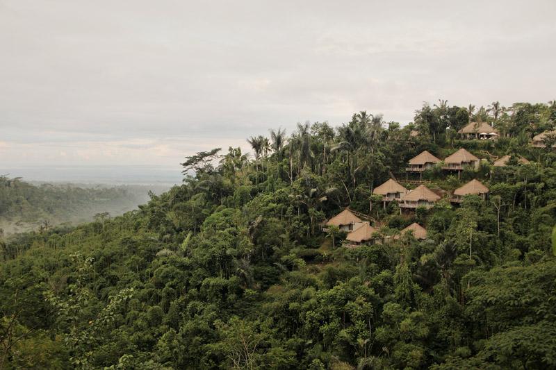 ++リラックスに最適(ヨギーニにもおすすめ!ヨガ・シャバアーサナを行うと更にリラックス効果大)++プリ セバツ リゾート[1ベッドルームヴァレーヴィラ]へチェックイン[滞在中毎朝食,専用車送迎付き]|ガルーダインドネシア航空・成田発着直行便・ビジネスクラス利用|4日間|