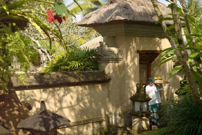 [アマン バリ エクスカーション]バリ島内のアマンダリ・アマンキラ 2箇所周遊 [毎日朝食付き]=アマンリゾートスタッフによる専用車送迎=ガルーダインドネシア航空・関西発着・ビジネスクラス利用5日間=