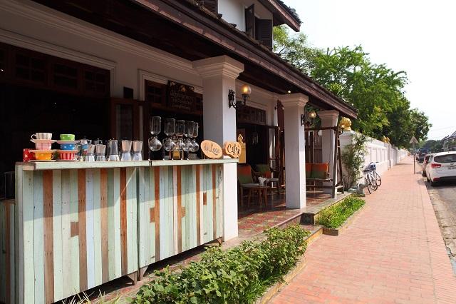 旧市街から徒歩1分 ブラサリ・ヘリテージ・ルアンパバン<デラックスルーム>に泊まるひとり旅/世界遺産の中にあるホテルにのんびり3泊ステイ