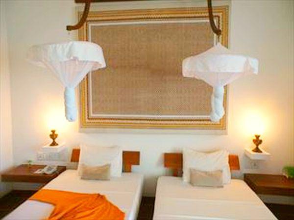 バワのホテルでアーユルヴェーダ三昧ヘリタンスマハゲダラ8日間☆☆ ヨーロピアンに混じってデトックス♪ふたり旅