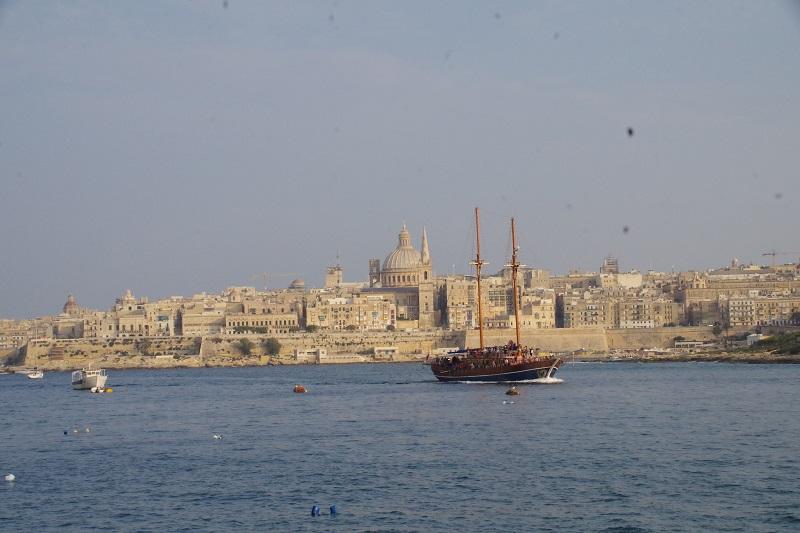 地中海リゾートと世界遺産が一度に楽しめるマルタ島へ/セントジュリアンの中心地・ビーチまで5分のホテルに泊まる7日間/送迎・朝食付フリープラン