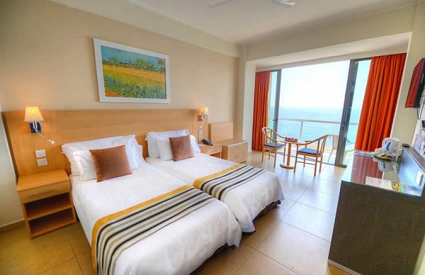 地中海リゾートと世界遺産が一度に楽しめるマルタ島へ/スリーマのオーシャンフロントのホテル<シービュールーム>泊7日間/送迎・朝食付フリープラン
