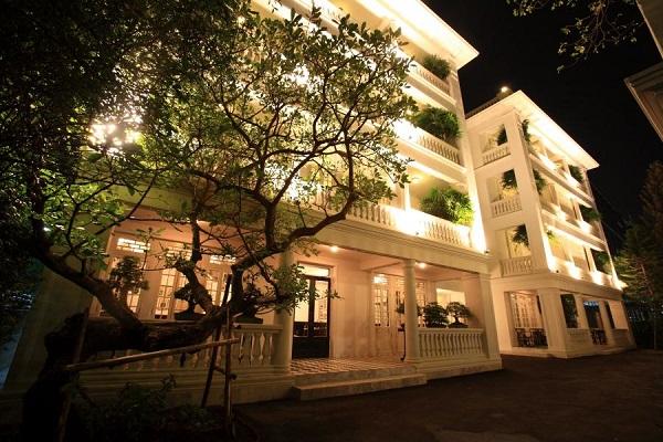 大人のバンコク 隠れ家ステイ/古き良き静かで上質なクラシカル・カボション泊ひとり旅 到着日片道送迎・朝食・タイ料理教室体験付5日間
