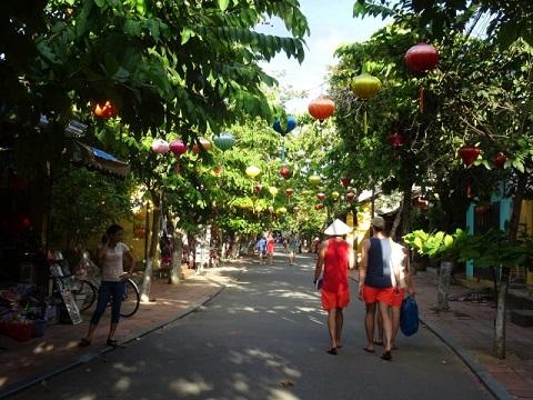 2つの世界遺産の街を巡るベトナム・ホイアン+ラオス・ルアンパバンふたり旅6日間/ホイアン半日観光付