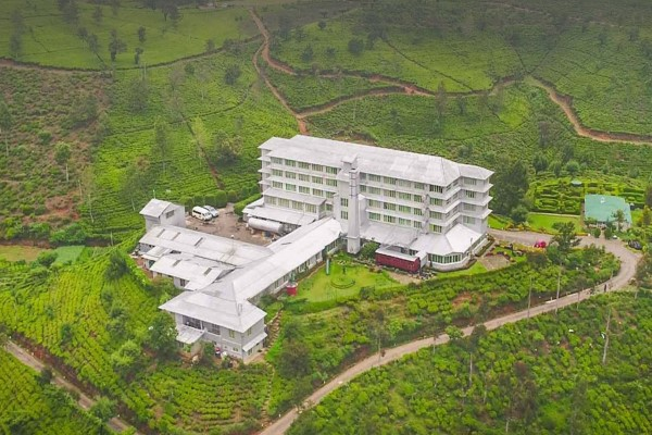 紅茶を巡るスリランカ旅/ヘリタンス・ティーファクトリーに泊まるセイロン紅茶の旅・世界遺産の古都キャンディ観光や紅茶列車・由緒あるゴールフェイスホテルでのハイティー体験付6日間