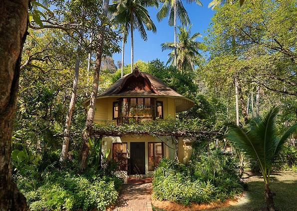 南国の隠れ家 クラビでタイならではの自然と静寂の夜を愉しむ大人のリゾート ラヤバディ2階建てパビリオンに泊まる 羽田発着5日間/毎朝食付・アレンジ可能